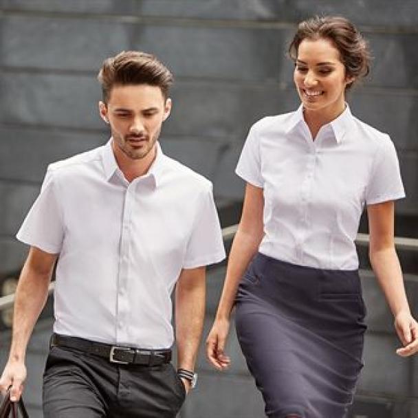 Women's short sleeve herringbone shirt